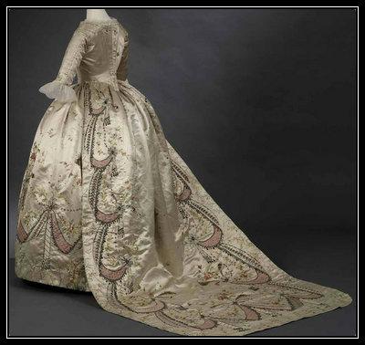 Estilista y sombrera de María Antonieta fue una pionera en vender clones de los vestidos de María Antonieta (todo lo que lucía la reina, era copiado y